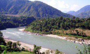 बिरामी बोकेर काठमाडौँ जाँदै गरेको पिकअप भ्यान त्रिशूलीमा खस्दा तीन बेपत्ता