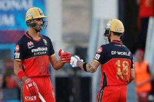 राजस्थानविरुद्ध आरसीबी १० विकेटले विजयी
